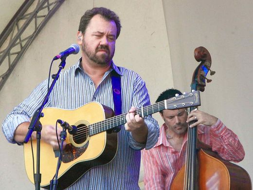 Dan Tyminski and Barry Bales playing bluegrass