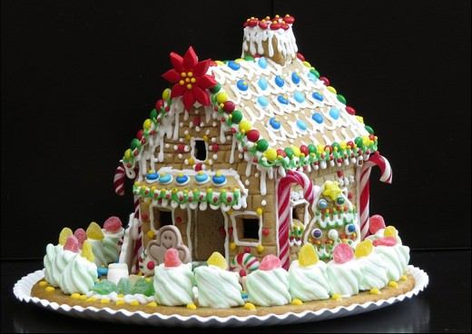 ../images/Gingerbread-house.jpg