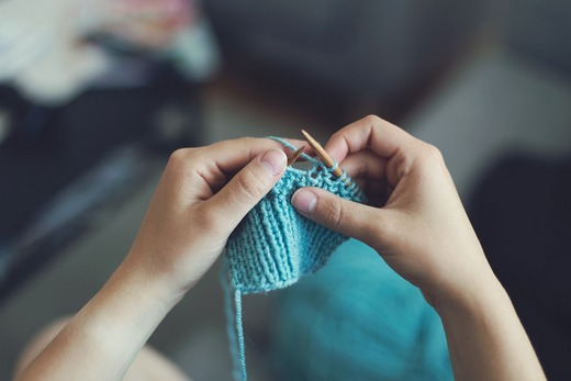 ../images/Knitting-hobby.jpg