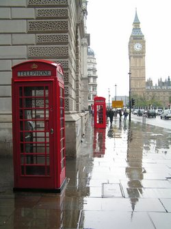 ../images/London-phone-booth-250.jpg