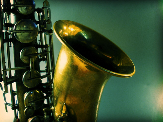 ../images/Saxophone.png