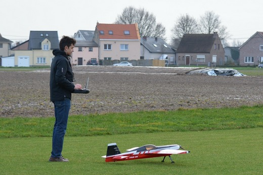 ../images/Working-model-airplane.jpg